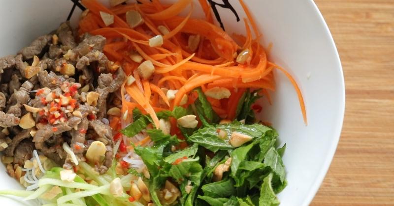 Lemongrass beef vermicelli noodle salad